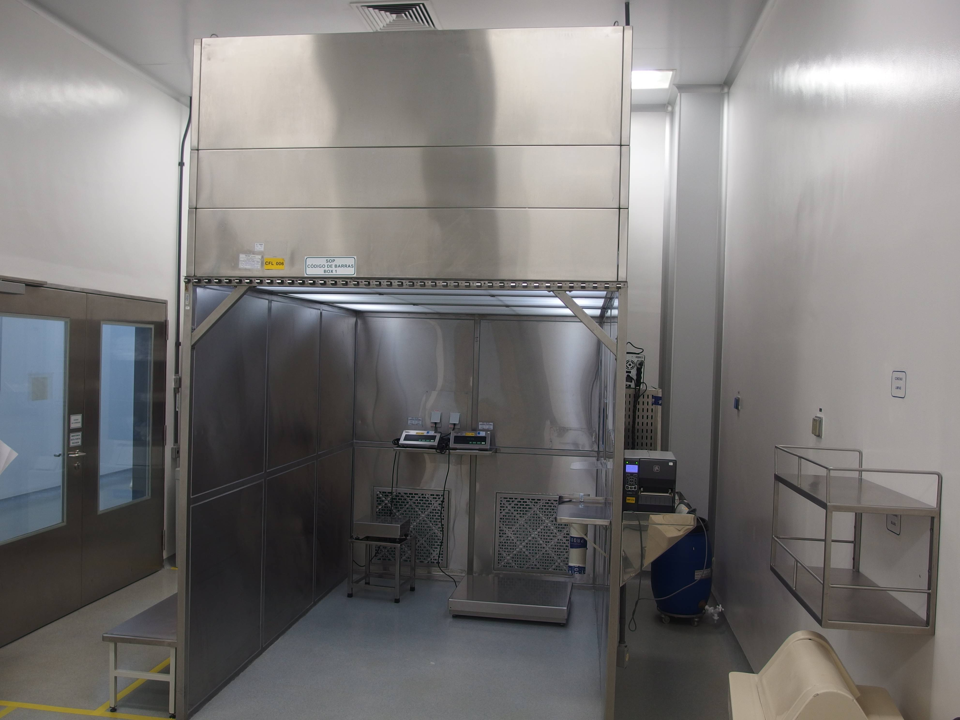 Stainless Steel Weighing Flow Hood with Computer Coupled