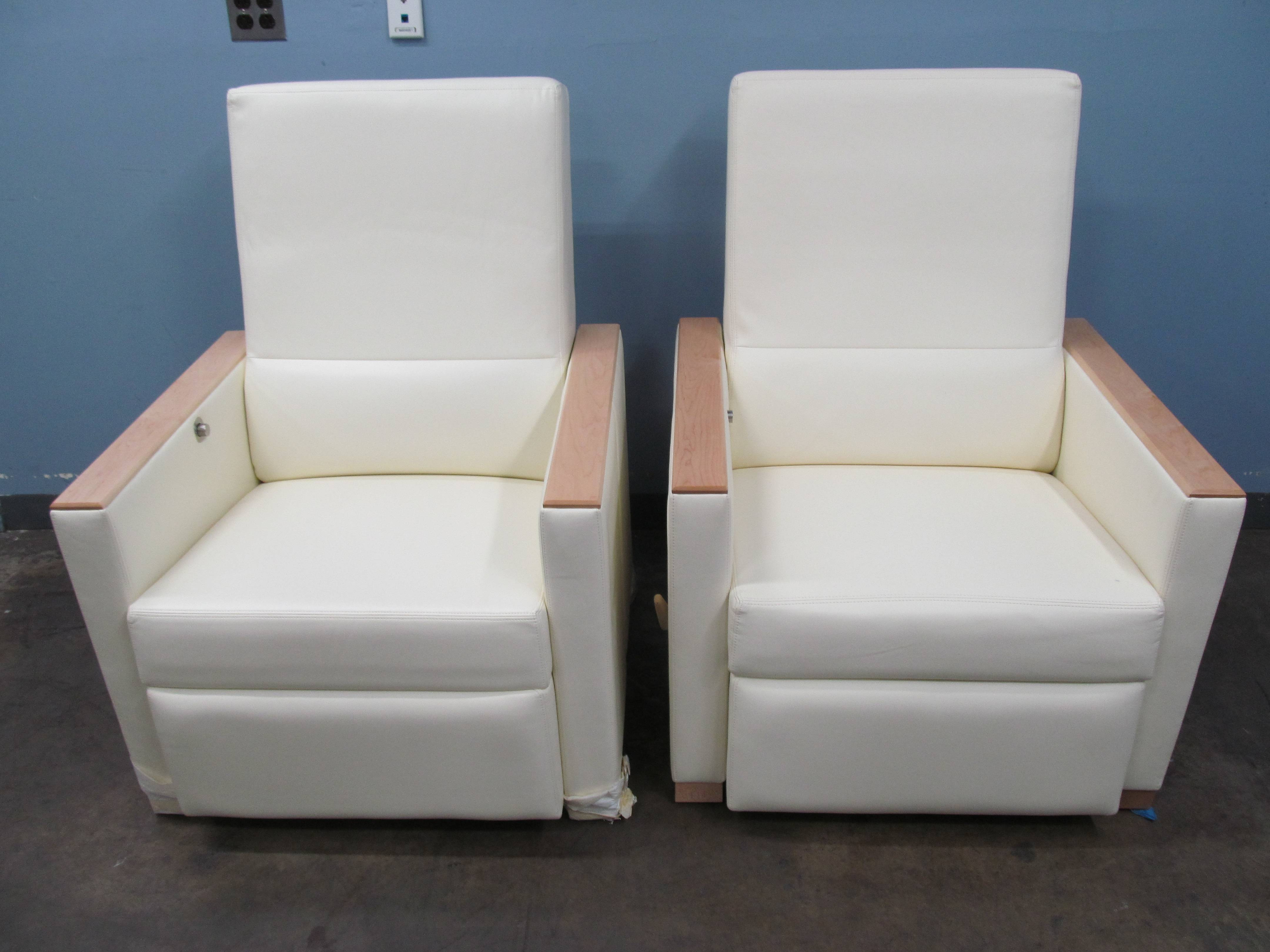 Lot of 2 Nemschoff 814 62 Leonard II Blood Drawing Recliners With Pushbutton Back Release
