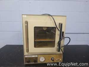 Fisher Scientific 281A Vacuum Oven