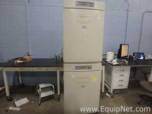 Thermo Forma Scientific 3110 Series ll Water Jacketed CO2 Double Stacked Incubator