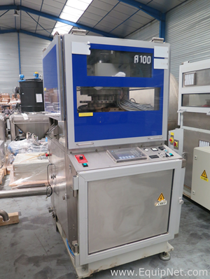 Courtoy  R100 Tablet Press