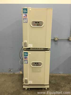 Sanyo MC0-18AIC UV Double Stack CO2 Incubator