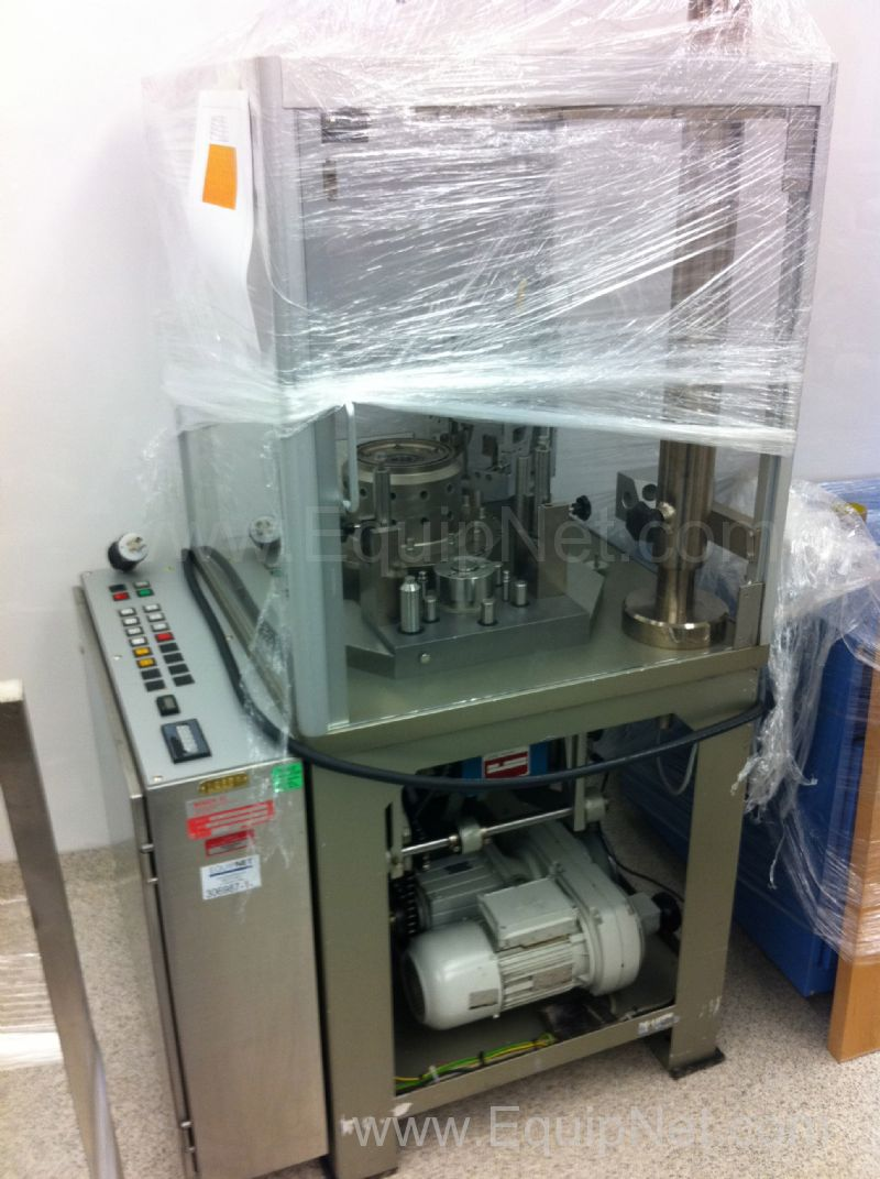 Bosch - DMW 700 Capsule Filler for Powders
