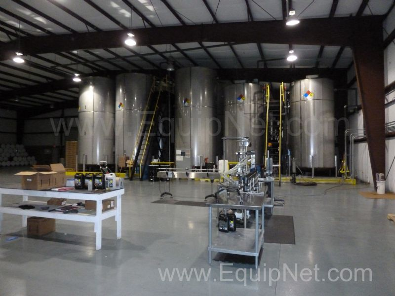http://pics.equipnet.com/mp_data/images/largepic/Sep/Tanks---Stainless-Steel-Mid-State-Tank-Co.-Inc.-201191914275_300006_4.JPG