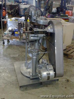 Stokes B2 Tablet Press