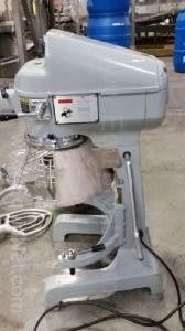Globe SP20 Commercial Food Mixer