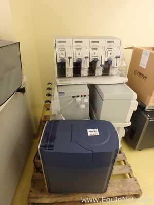 2 Affymetrix GeneChip Scanners With 6 Fluidics Stations