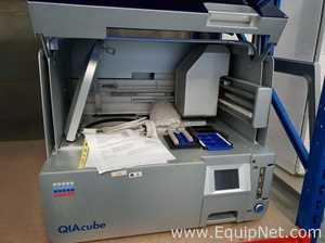 Qiagen Qiacube Dna Rna Purification Workstation Listing 704517