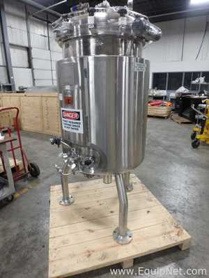 Abec 375 Liter Stainless Steel Agitated - Jacketed Nutrient tank