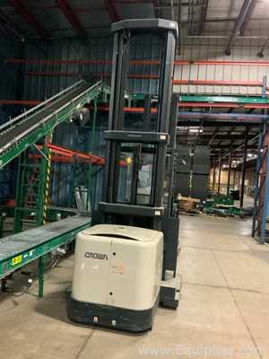 Empilhadeira Crown Forklifts SP3450