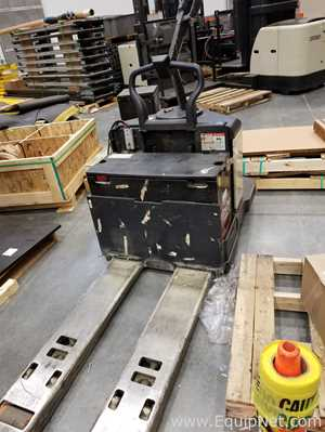 Crown PE3540-60  6000 LB End Control Pallet Truck