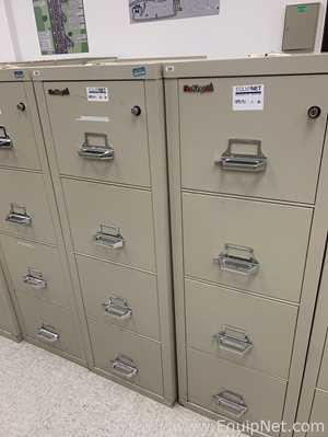 lot of 2 Fireproof Cabinet