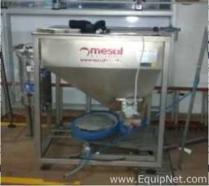 Mesal Maquinas Institucional Stainless Steel Hopper with Pneumatic Conveyor for Caps