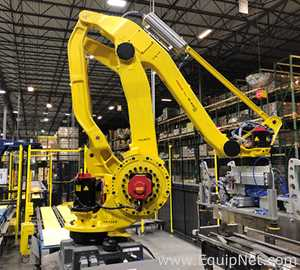 Complete Palletization Process with Two Fanuc Robots and One Lantech Stretch Wrapper.