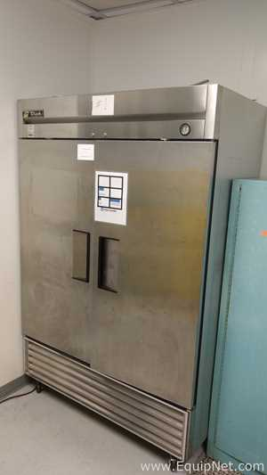 True Manufacturing Co.Inc. T-49 Double Door Stainless Refrigerator
