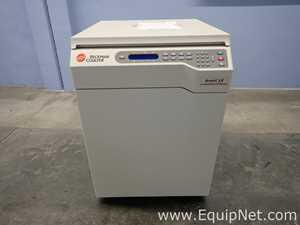 Beckman Coulter Avanti J-E Centrifuge with Sorvall SLA-3000 Fixed Angle Super-Lite Rotor