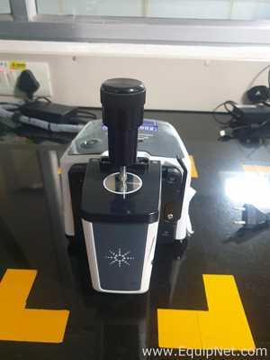 Espectrômetro de Massa Agilent Technologies G8044AA CARY 630