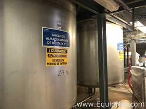 Tanque de Almacenamiento Vertical de Acero Inoxidable Capacidad 4000 L