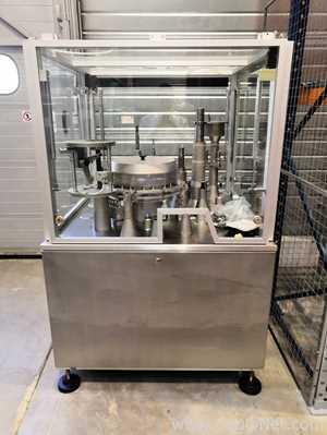 Máquina de Encapsulamento e Envase de Cápsulas Zanasi AZ40