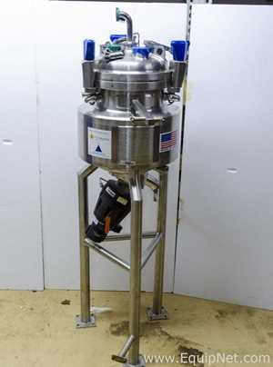 ITT Industries 20 Liter 316L Stainless Steel Jacketed Process Tank With Actuated 2 Inch Bottom Valve