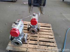 Two Bray 316 Stainless Steel 92-1600-11300-532 Ball Valves