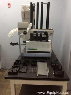 Manejadora de Líquidos Perkin Elmer Janus AJSM001 Mini