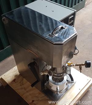 Misturador Planetario Duplo com vacuo Mixer
