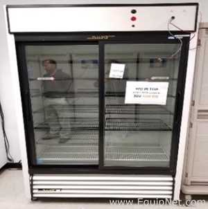 True Manufacturing GDM-61 Glass Door Reach In Refrigerator