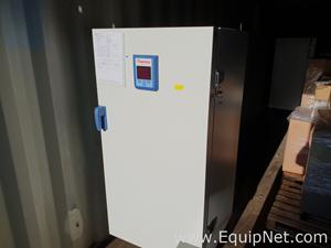 Thermo Scientific Heratherm IMH400-S Incubator