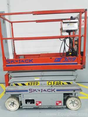 Skyjack SJ III-3219 Scissor Lift
