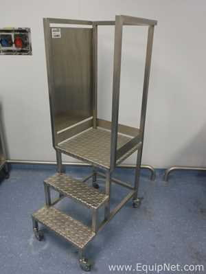 Stainless Steel Step-up Podium - Line 9