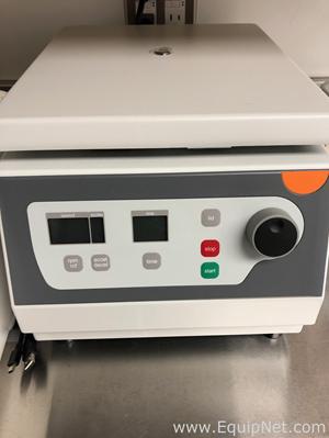 Corning LSE Laboratory Centrifuge