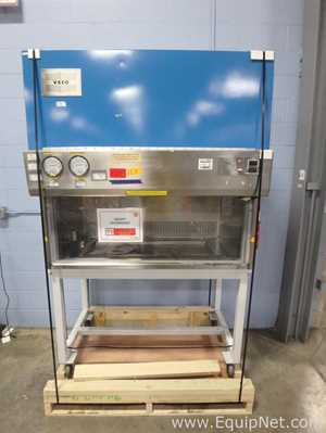 Veco BH-C12 Biological Safety Cabinet