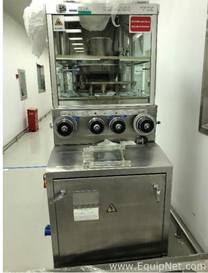 Compressora de Comprimidos Manesty Nova Press 2