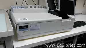 Perkin Elmer Lambda 25 UV Vis Spectrophotometer