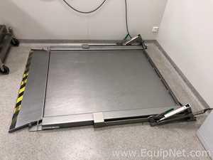 Mettler Toledo PUA579 Low-Profile Stainless Steel Floor Scale