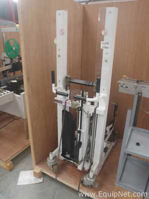 Manuvit Mobile Manually operated 600 Kg SWL Barrel Lifter