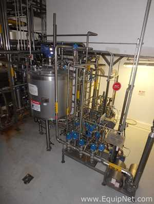 Falco Stainless Steel Vertical 1500 L Buffer Tank Jacketed with Agitation System on Top
