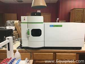 Perkin Elmer Optima ICP-OES 8000 Mass Spectrometer