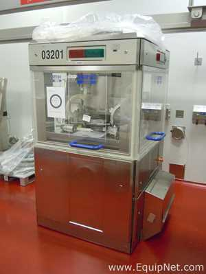 Fette 2090iC Tablet Press