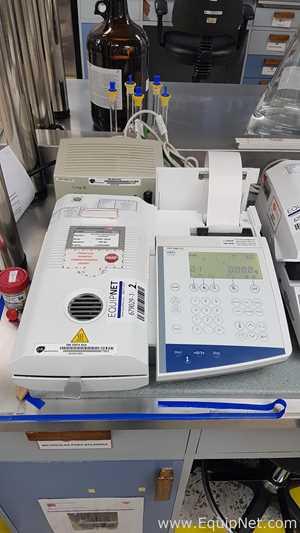 Mettler Toledo HR83-P moisture analyzer with APC Line R 600 UPS