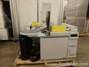 Agilent Technologies 6890 Gas Chromatograph with FID and TCD Detectors