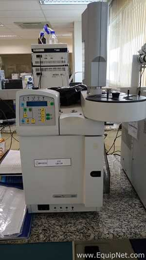 Varian 3900 Gas Chromatograph with CP-8410 Autoinjector