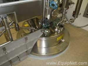 Pfaudler 800 Liters Sterile Glass Lined Reactor with Glove Box