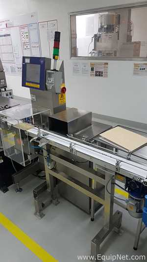 Capmatic Accurofill Volumetric filling line for syrup