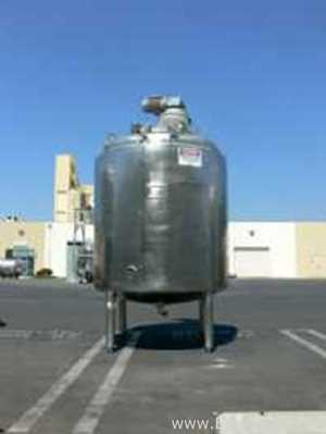 Lee Industries, Inc. 2000 Liter Stainless Steel Jacketed And Agitated Pressure Vessel