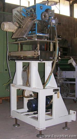 Guk leaflet/brochure folding machine  Model FA 21/4 CARTONAC 81